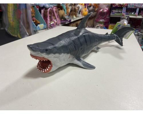Акула резиновая 35 см X086
