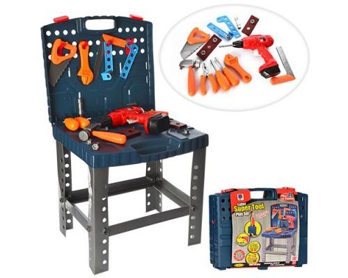 Набор инструментов в чемодане