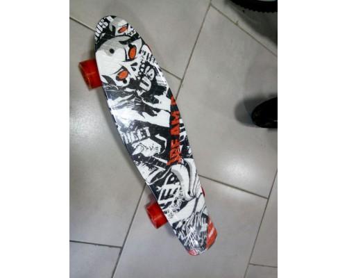Скейт Пенни Борд (Penny Board) со светящими колесами. 22 дюйма Ecoline Rebel FL-22 черно-белый